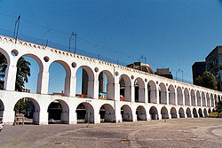 Aqueduto da Carioca ou Arcos da Lapa (wikimedia)